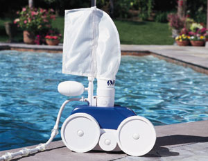 Polaris Automatic Pool Cleaners | PlumPerfectPools.com